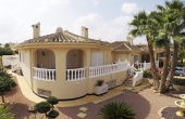 200-0145, Extremely Spacious, Four Bedroom Corner Plot Detaxched Villa With Guest Apartment In Benimar, Rojales.