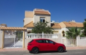 100-2049, Terrific, Spacious, Three Bedroom Quad Villa With Solarium & Garden in Altos Del Limonar, Torrevieja