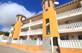 200-0186, Fantastic, South Facing, Two Bedroom, Ground Floor Apartment With Large Terrace & Courtyard In Lomas De Cabo Roig.