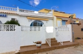 100-2070, Fantastic, Spacious, 3/4 Bedroom, South Facing Townhouse With Solarium & Lake Views In San Luis, Torrevieja.