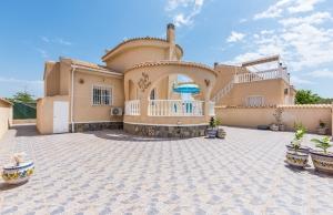 200-0507, Three Bedroom Detached Villa In Ciudad Quesada