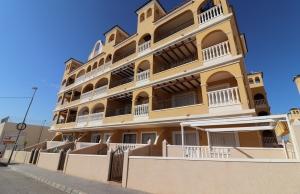 200-0574, Two Bedroom Apartment In Algorfa.