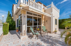 200-0563, Three Bedroom Semi-Detached Villa In Montebello