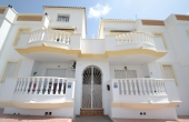 200-0030, Lovely Two Bedroom Ground Floor Apartment With Sun Terrace In Ciudad Quesada.