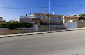 Ref:100-2134-Six Bedroom Detached Villa In Ciudad Quesada-Alicante-Spain-Villa-Resale