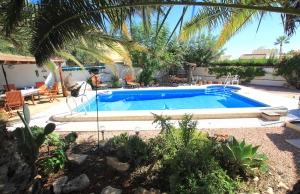 46508_charming_4_bed_south_facing_villa_with_private_pool___garage_280919133242_img_6795