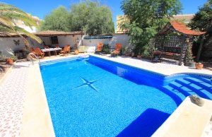 46508_charming_4_bed_south_facing_villa_with_private_pool___garage_280919133249_img_6796