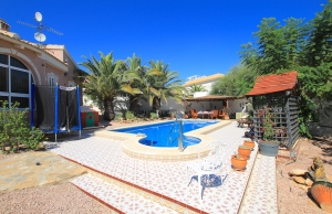 46508_charming_4_bed_south_facing_villa_with_private_pool___garage_280919133259_img_6817