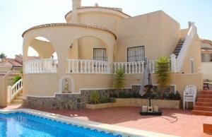 200-0649, Three Bedroom Detached Villa In Benimar
