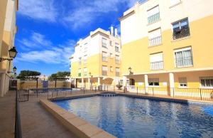200-0650, Two Bedroom First Floor Two Bedroom Apartment In Formentera Del Segura