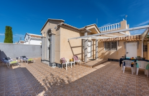 200-0705, Two Bedroom Quad bungalow In Torrevieja