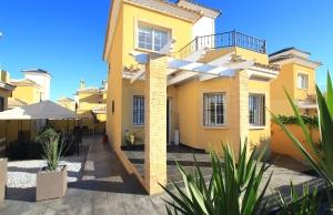 200-0726, Three Bedroom Detached Villa In Lo Crispin, Algorfa