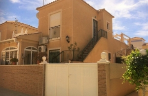 200-0730, Three Bedroom Quad Villa In Los Balcones, Torrevieja.