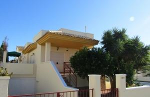 200-0759, Two Bedroom Detached Villa On El Raso, Guardamar Del Segura.