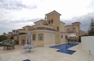 100-2152, Three Bedroom Detached Villa On El Raso, Guardamar Del  Segura.