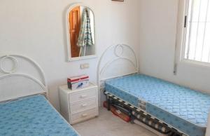 medium_6092_lovely_2_bedroom,_corner_bungalow_overlooking_communal_pool_140520100557_sr1160_(3)