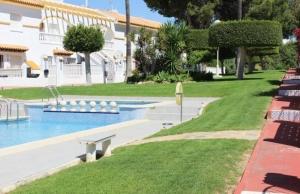 medium_6092_lovely_2_bedroom,_corner_bungalow_overlooking_communal_pool_140520100626_sr1160_(24)