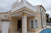200-0328, BARGAIN!! Lovely, South Facing, Three Bedroom Semi-Detached Villa With Private Pool & Solarium In Montebello, Algorfa.