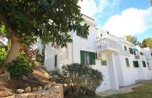 200-0847, Two Bedroom End Townhouse In Villamartin