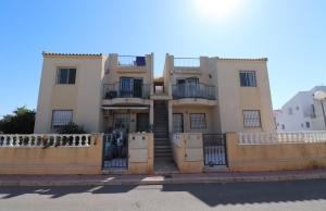 200-0852, Two Bedroom Top Floor Apartment In San Luis, Torrevieja.