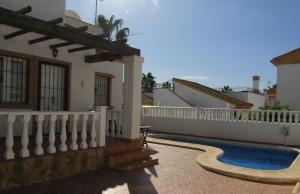 200-0941, Three Bedroom Link Detached Villa in El Raso, Guardamar del Segura.