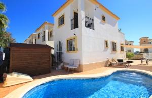 200-0959, Three Bedroom Detached Villa In El Raso, Guardamar Del Segura.