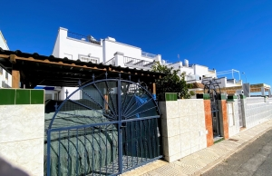 200-1067, Three Bedroom Townhouse In Playa Flamenca.