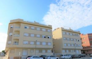 200-1113, Two Bedroom, First Floor Apartment In Los Palacios, Formentera Del Segura.