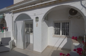 100-2185, Two Bedroom, Corner Plot Townhouse In El Chaparral, Torrevieja.