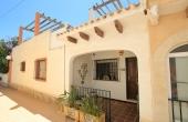 200-0419, Charming, Two Bedroom Bungalow With Sun Terrace & Solarium in Las Chismosas, Playa Flamenca, Orihuela Costa.