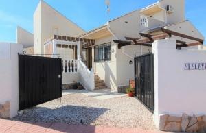 200-1205, Three Bedroom Detached Villa In Rojales Hills, Ciudad Quesada.