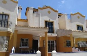 200-1214, Three Bedroom Townhouse On El Raso, Guardamar Del Segura.