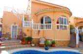200-0077, Delightful, South Facing Three Bedroom Detached Villa With Private Pool & Solarium in Benimar